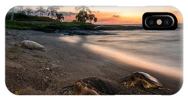 Honu Sunset Phone Case by Robert Yone