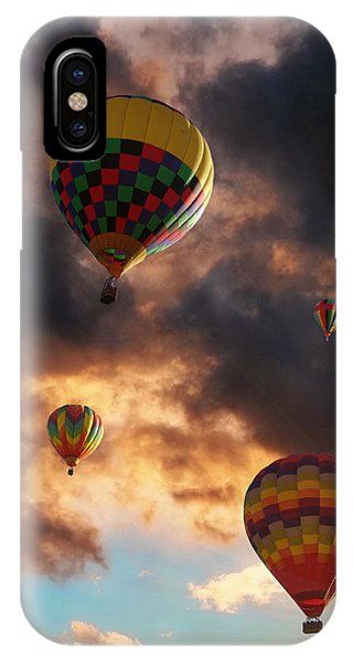Hot Air Balloons - Chasing The Horizon IPhone Case