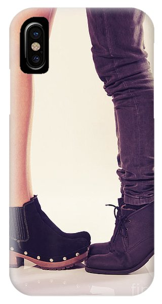 Valentine iPhone Case - How To Kiss A Tall Girl by Carlos Caetano