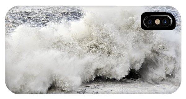 Huge Wave IPhone Case