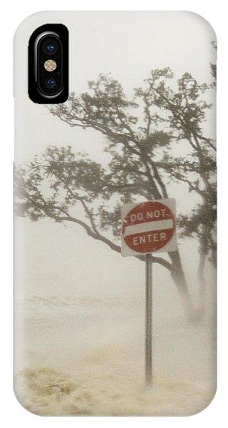 Katrina iPhone Case - Hurricane Katrina Lashing Gulfport by Jim Reed Photography/science Photo Library