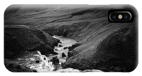 Landscapes iPhone Case - Iceland Landscape With River And Mountain Black And White by Matthias Hauser