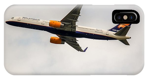 Icelandair Boeing 757 IPhone Case