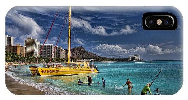 Oahu iPhone Case - Idyllic Waikiki Beach by David Smith
