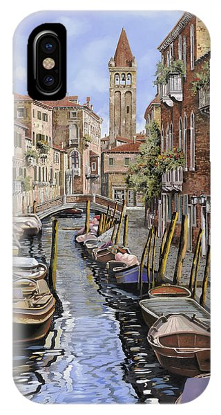 Docked Boats iPhone Case - il gatto nero a Venezia by Guido Borelli