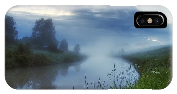 Salo iPhone Case - In The Morning At 02.57 by Veikko Suikkanen