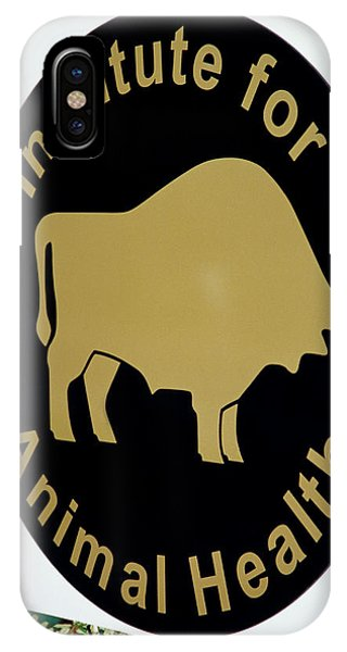 Institute For Animal Health Sign Phone Case by David Hay Jones/science Photo Library