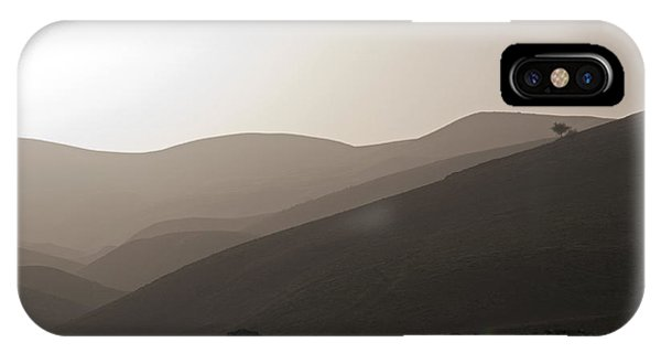 Into The Israel Desert - 1 IPhone Case