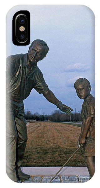 36u-245 Jack Nicklaus Sculpture Photo IPhone Case