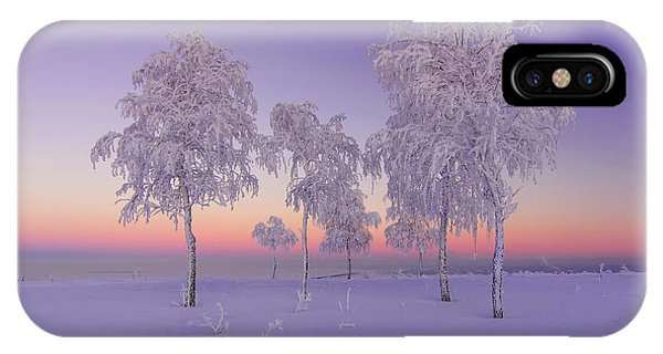 Frost iPhone Case - January Evening by Ruslan Makhmud-akhunov