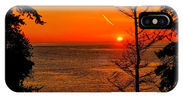 Juan De Fuca Sunset IPhone Case