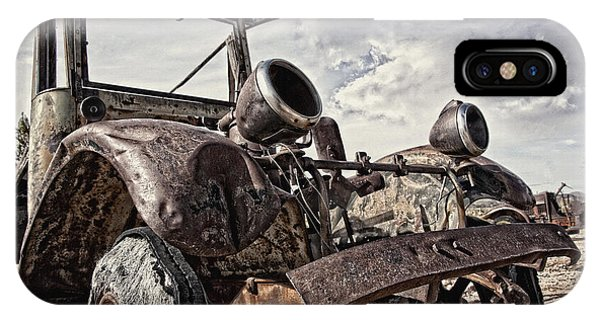 Junk Yard Sentinel Stands  IPhone Case