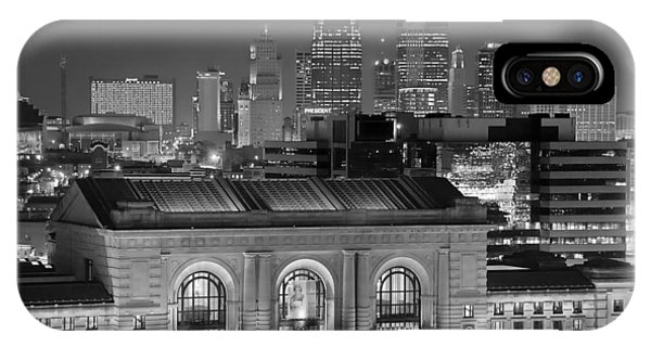 Kansas City Skyline At Night Kc Downtown Black And White Bw Panorama IPhone Case