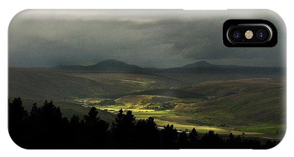 Kildonan Strath Northern Highlands Of Scotland IPhone Case