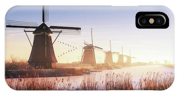 Kinderdijk 4. Phone Case by Juan Pablo De