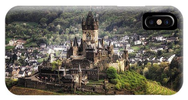 Kings Castle Phone Case by Ryan Wyckoff