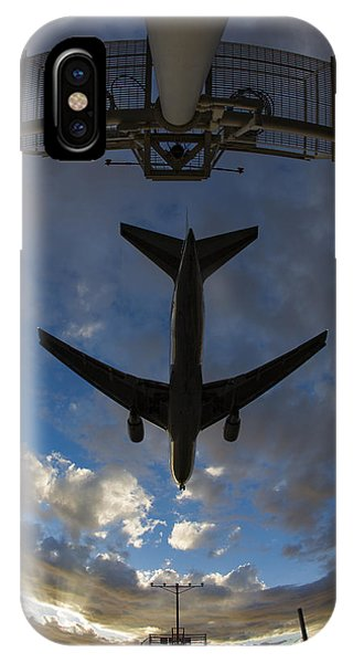 Landing At Lax  73a3680 IPhone Case