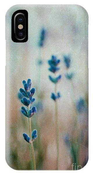 Lavandines 02 - 222t03 IPhone Case