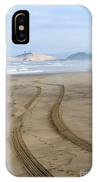 Oregon Sand Dunes iPhone Case - Leading To The Cape by Mike Dawson