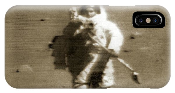Spaceflight iPhone Case - Live Transmission From The Moon by Nasa/detlev Van Ravenswaay
