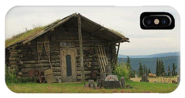 Log Cabin Alaska IPhone Case