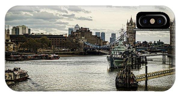 London Thames Scape IPhone Case