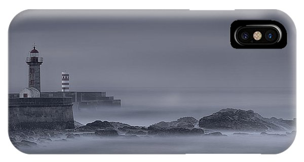 Long Exposure Foz Porto IPhone Case