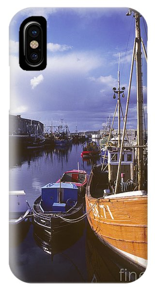 Lossiemouth Harbour - Scotland Phone Case by Phil Banks
