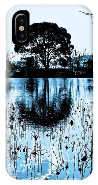 Lotus Pond Winter - 4 IPhone Case