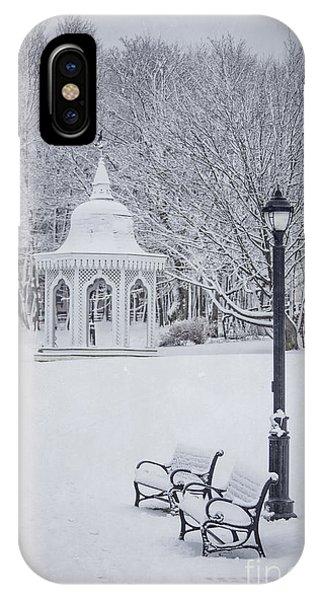 Park Bench iPhone Case - Love Through The Winter by Evelina Kremsdorf