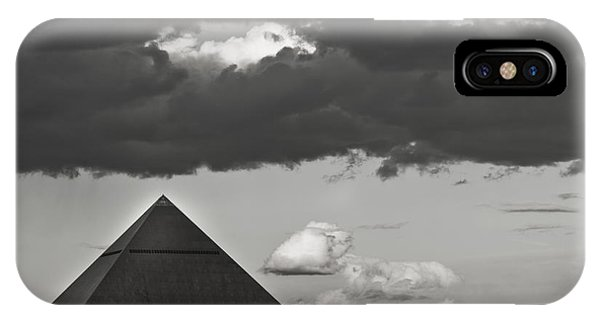 Luxor-3 IPhone Case