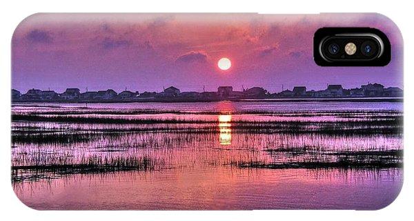 Magenta Sunrise IPhone Case