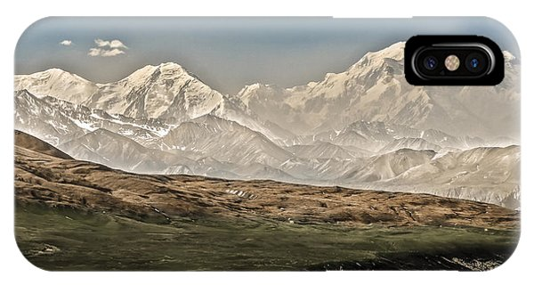 Majestic Mount Mckinley IPhone Case