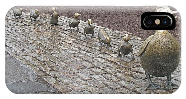 iPhone Case - Make Way For Ducklings by Barbara McDevitt