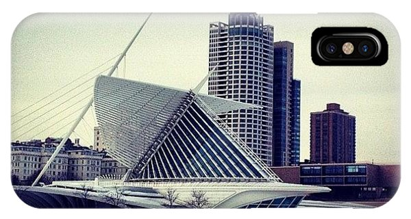 City Scape iPhone Case - Milwaukee Art Museum In Winter by Steph Salvia