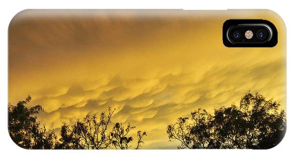 Mammatus Clouds At Sunset IPhone Case