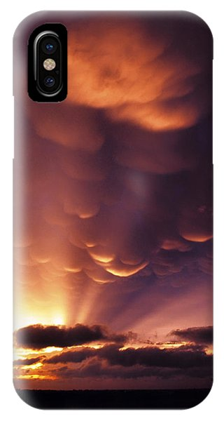 Mammatus Sunset Over Colorado IPhone Case