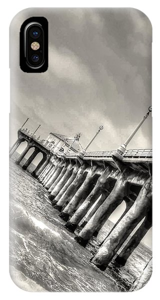 IPhone Case featuring the photograph Manhattan Beach Pier - Mike Hope by Michael Hope