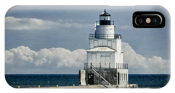 Navigation iPhone Case - Manitowoc Breakwater Lighthouse by Joan Carroll