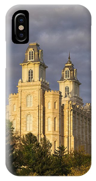 Manti IPhone Case