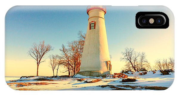 Marblehead Ohio Lighthouse Sun And Snow IPhone Case
