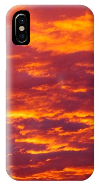 Matin De Feu IPhone Case