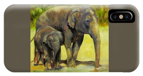 Thirsty, Methai And Baylor, Elephants  IPhone Case