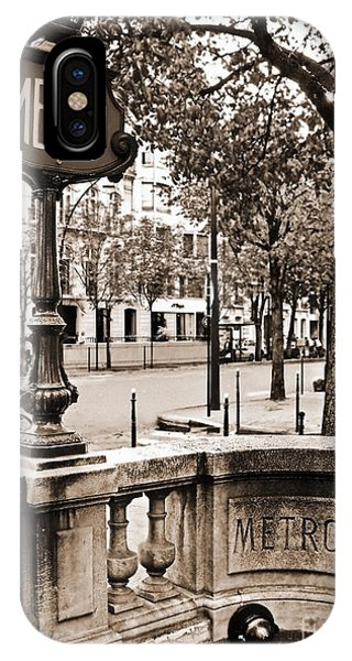 Paris Metro iPhone Case - Metro Franklin Roosevelt - Paris - Vintage Sign And Streets by Carlos Alkmin