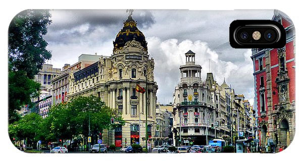 Metropolis Madrid Phone Case by Pedro Fernandez