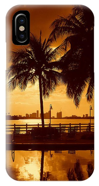 Miami South Beach Romance II IPhone Case