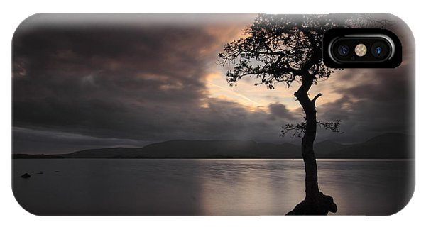 Milarrochy Bay Sunset IPhone Case