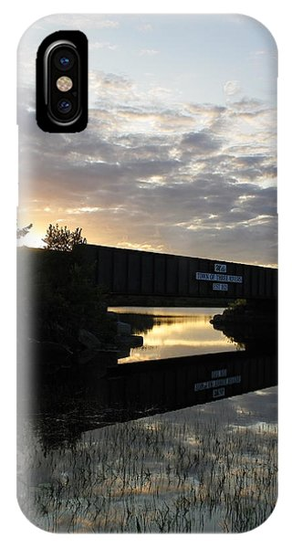Milo Town Of Three Rivers IPhone Case