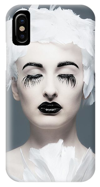 Lips iPhone Case - Miss Birdy by Gautier Van Lieshout