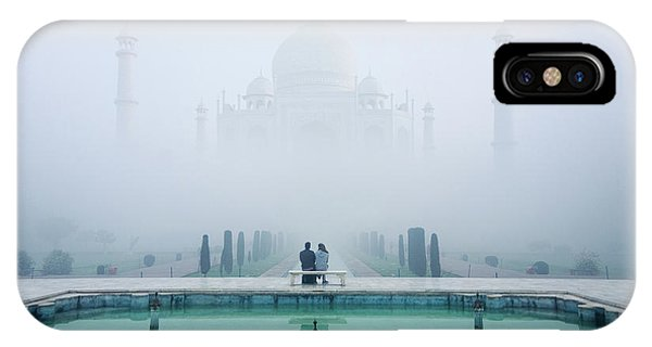 Fog Mist iPhone Case - Misty Taj Mahal by Karthi Kn Raveendiran